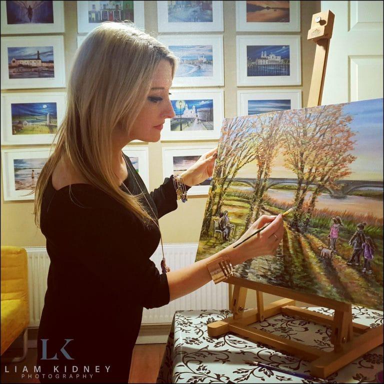Read more about the article Local Artist Anna Boles Paints Hazel & Paul's Favorite Wedding Photograph